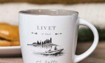 Kopp – Livet er best på hytta (ved sjøen)