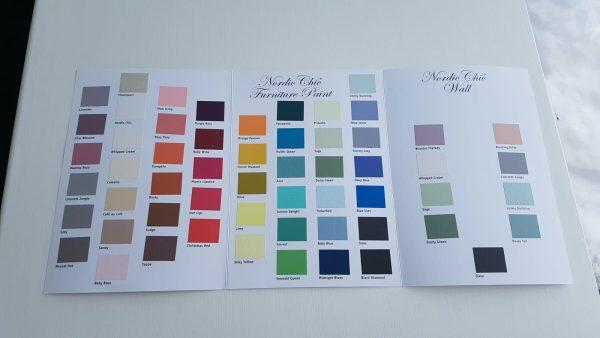 Håndmalt Nordic Chic fargekart-Fargekart fra Fargegladehjem