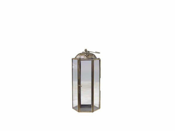 Lanterne med mønster 4 - Høyde: 21,5cm (mellomste størrelsen) Diameter: 9,5 cm Materiale: Jern og glass