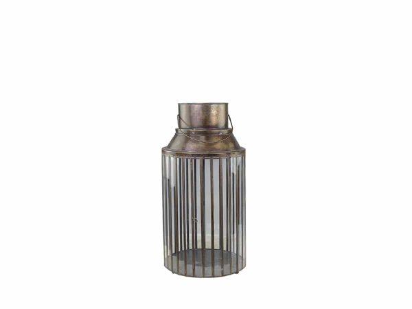 Lanterne med åpen topp 4 - 2290kr Høyde: 62cm (den laveste) Diameter: 30 cm Farge: Antikk kobber Materiale: Jern og glass Ta kontakt for leveringstid og fraktpriser