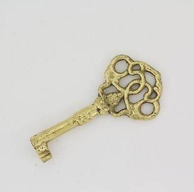 Møbelnøkkel i messing